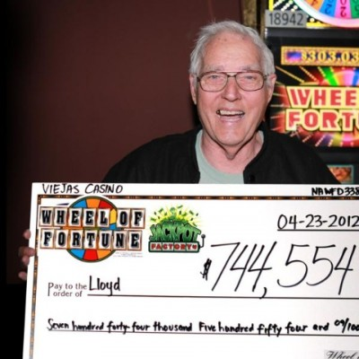 Retired Firefighter Hits $744,000 Jackpot at Viejas Casino