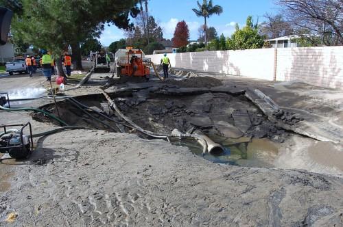Oceanside City Crews Repair Water Main Rupture