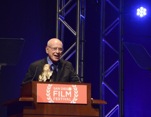 Actor Alan Arkin accepts the Gregory Peck Lifetime Achievement Award at the tribute at the San Diego Film Festival on September 27 in San Diego. Photo by Vivien Killilea/WireImage)