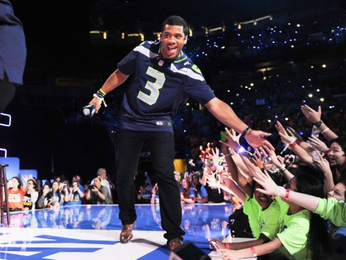 Seattle Seahawks' Russell Wilson To Host Nickelodeon's Kids' Choice Sports