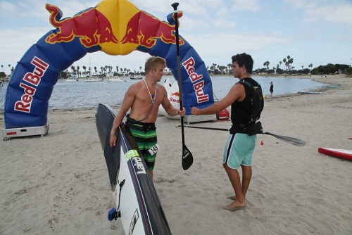 RVLT Surf Steps Up For Pro Am SUP Events On The West Coast‏