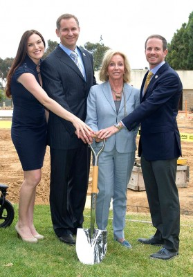 From right, John Spanos, Susie Spanos, and A.G. and Kamri Spanos. Photo: