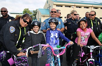Porter Elementary Students Receive New Bikes From San Diego Unified School Police Dept.