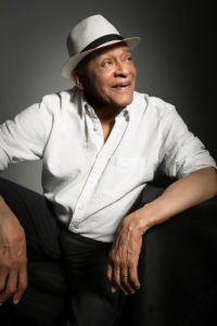 Al Jarreau, Singer Who Crossed-Over Jazz, Pop and R&B Worlds Over 50 Years, Dies at 76