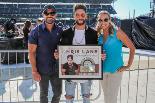 "Chris Lane Garners Gold With Devoted Smash Single ""For Her"""