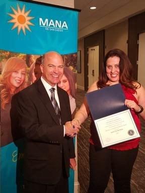 FBI San Diego Presents 2017 FBI Director's Community Leadership Award To MANA de San Diego