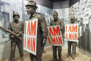 "Memphis Sanitation ""I Am A Man"" Workers Presented With NAACP Vanguard Award"